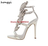 altın kaplama ayakkabı topuklu toptan satış-Seksi Bling Kristal Delinmiş Açı Wings Yüksek Topuk Sandalet Parlak Deri Gelin Altın Kaplama Kanatlı Gladyatör Düğün Sandal Ayakkabı