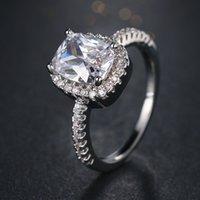 ювелирные показы мод оптовых-Модные кольца показывают элегантный темперамент ювелирные изделия женские для женщин Девушки Белое Серебро заполнены обручальное кольцо 10 шт. аксессуары