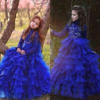 vestido largo de tul azul para niños al por mayor-Vintage Royal Blue mangas largas vestidos de niña de flores para bodas árabes Princesa Crew Neck Layers Tulle Long Kids Formal viste BA8983