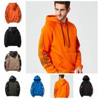 оранжевый синий камуфляж оптовых-Осень и зима свитер камуфляж куртка с капюшоном, тенденция молодежи случайные свитер мужчин. Черная, голубая, померанцовая серия поддержки смешанная
