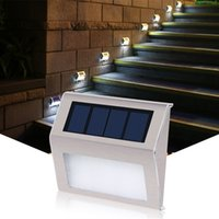ingrosso luci a passo solare a led esterne-Solar Step Deck Lights Luci a LED per montaggio a parete Garden Path Lamp Scale Luci Outdoor Yard Garden Pathway Luce impermeabile T1I304