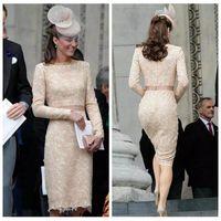 ingrosso abiti lunghi di kate middleton-2018 O-Collo Elegante Kate Middleton Champagne Abiti da sera in pizzo Lunghezza al ginocchio Pizzo Manica lunga Celebrity Cocktail Abiti formali Personalizzato
