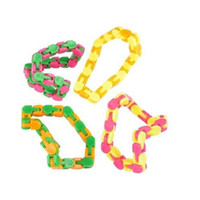 Wholesale toy bicycles - Venting Bicycle Chain Track Toys Challenge Imagination Decompression Toy Snappy Wacky Tracks Snap Bent Into Multiple Shapes 2 85bw W