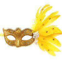 bolsas de botellas de vino de plástico al por mayor-Máscara de mascarada veneciana de Clearbridal para mujeres con plumas MJ026
