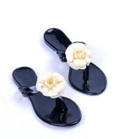 sandalia flip flop flores al por mayor-Nuevas zapatillas de flores de verano para mujer sandalias de mujer zapatillas sandalias de pvc Camellia Jelly Shoes zapatos de playa
