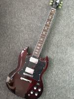 caoba envejecida para guitarras al por mayor-Top Venta Personalizada Thunderstruck AC DC Angus Young Signature SG Añejado Vino de cereza Tinto Cuerpo de caoba Guitarra eléctrica relámpagos incrustados