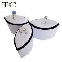 set de joyas al por mayor-Anillo de exhibición de la joyería Pantalla de anillo Anillo en forma de torre Soporte de soporte de anillo blanco y negro 3 unids / set