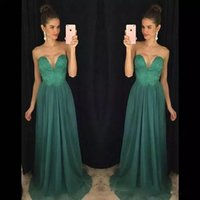 moda vestido real china venda por atacado-Moda Strapless Lace Frisada Longos Prom Vestidos Baratos China Chiffon Vestidos de Noite Vestidos de Festa 2018 Vestidos de Dama de honra
