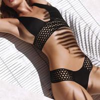 ingrosso capi di abbigliamento da nuoto nero-Bikini nero due pezzi Beachsuits Vendita calda Sexy Top sportivo cava + Vita alta Bottom Bikini sportivo 2019 Tute da bagno