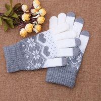 mittens flocos de neve venda por atacado-Mulheres lã quente Stretch Snowflake Luvas Mittens Girl Acessórios de inverno