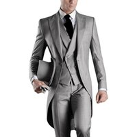 Discount best grey suits High Quality Groom Tuxedos One Button Light Grey Peak Lapel Groomsmen Best Man Suit Wedding Mens Suits (Jacket+Pants+Vest+Tie) J192