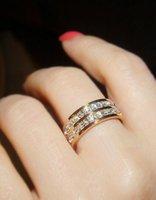 ingrosso anelli di nozze shinning-Hot Jewelry Anello in titanio di cristallo per anello nuziale in oro rosa Anello di fidanzamento in oro con zircone shinning per donna