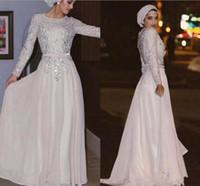 robe mousseline musulmane moderne achat en gros de-Robes de soirée musulmanes blanc moderne à manches longues 2018 avec paillettes appliques robes de soirée en mousseline de soie perlées
