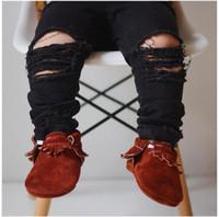 bebês meninos moda jeans venda por atacado-Moda jeans do bebê buraco rasgado crianças calças de brim meninas calças de brim dos meninos calças crianças skinny calças roupas de bebê roupas infantis roupas criança a2107