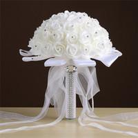 gelin için buket çiçekleri toptan satış-Saf Aşk Gül Yapay Gelin Çiçekler Gelin Buketleri Düğün Buket Kristal Fildişi İpek Kurdele Yeni Buque De Noiva Ucuz CPA1548