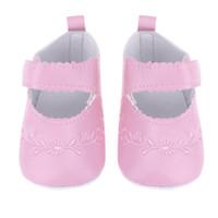 zapatos bordados para niños al por mayor-Niña Prewalkers Niños Artificial PU Bordado Suela Suave Niños Niños Pequeños Caminantes Niños Princesa Zapatos de Bebé