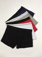 черные хлопчатобумажные кальсоны оптовых-Mens Luxury Brand Letters Boxers Black White Gray Cotton Breathable Underpants Men Sexy Shorts With Logos