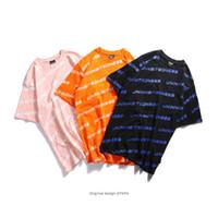 camisa dos homens da cor do algodão doce venda por atacado-Verão Rua camiseta Doce Cor Logotipo Inglês Impresso Tee Grande Quintal de Algodão Solto Mangas Curtas Homens Top Kanye Moda Amante Roupas