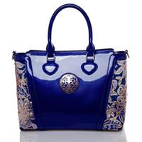 büyük çanta messenger tarzı toptan satış-Patent deri big bag çanta Avrupa tarzı kadın çantası kadın Haberci / Omuz çantaları büyük kapasiteli işlemeli çantalar