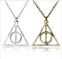 altın üçgen kolye toptan satış-Moda Takı Ölüm Yadigarları üçgen Kolye Antik Harry Gümüş Bronz Altın Ölüm Yadigarları Kolye Potter