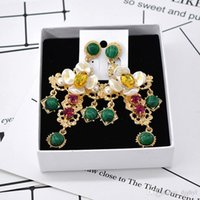 Wholesale metal auger - Free shipping baroque earrings retro cross pendant tassel long big earring luxury crystal metal cross dangle green auger drop ea