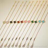 bracelet en fleur achat en gros de-Nouvelle arrivée de haute qualité en laiton matériel et nom de marque mini fleur pendentif bracelet avec la nature pierre pour les femmes cadeau de mariage bijoux cadeau f