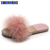 federn für haar rosa großhandel-Fur Furry Slide Süße Feder Flachen Boden Strand Weibliche Sandalen Haar Flip Flops Frauen Hause Hausschuhe Außerhalb Kristall schuhe m717