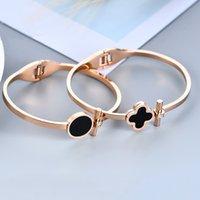 ouro branco coreano venda por atacado-Alta qualidade coreano moda trevo preto e branco pulseira de ouro rosa titanium aço Bangle jóias 10 pçs / lote T2C180