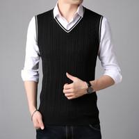 ingrosso uomini blu maglione maglione-# 1319 Autunno modello uomo maglioni gilet moda coreano Slim scollo av maglia maglietta di alta qualità gilet nero / grigio / blu navy