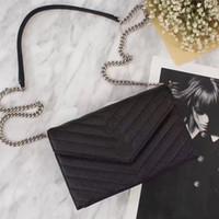 bolsos reales del diseñador del cuero negro al por mayor-Venta caliente bolsos de las mujeres Bolsos de diseñador carteras para las mujeres de moda verdadera cadena de cuero bolsa de hombro bolsas con oro / plata / hardware negro