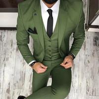ingrosso blazers tre pezzi per gli uomini-Arm Green Mens Tute per Smoking dello sposo 2018 Risvolto con risvolto Slim Fit Blazer Three Piece Jacket Pants Vest Uomo Tailor Made Abbigliamento