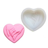 Wholesale love heart wedding cakes resale online - Love Heart Hand In Hand Cake Mold Sugarcraft Cake Decorating Soap Candle Mold Lovers Wedding Party Decoration QW7018