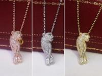 leopardo colares venda por atacado-Jóias de cobre Clássico Aristocrático Luxo Diamantes Casal de Leopardo de Penas Colar 18 K Rose Gold Senhoras Pingente de Colar