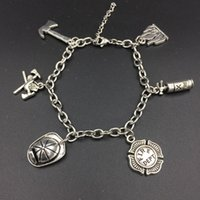 übernatürlichen charme armband großhandel-Inspiriert Feuerwehrmann Feuerwehrmann Charms Armbänder Edelstahl verstellbare Gliederkette Supernatural DIY Schmuck