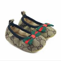 ingrosso scarpe da ragazzi classico-Classico Canvas New Baby Shoes 2018 Moda Toddler Baby Boy Scarpe 11cm 12cm 13cm Baby Girls Scarpe primi camminatori.