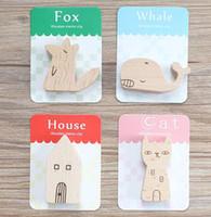 casa de gato de madera al por mayor-Soporte para fotos de madera Soportes Cumpleaños Banquete de boda Número de mesa Portapatos Cat / Fox / Whale / House Place Tarjeta Menú Papel Clips