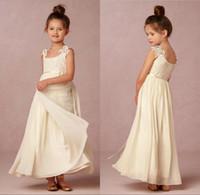 dantel şifon küçük kız elbisesi toptan satış-Güzel Fildişi Çiçek Kız Elbise Meydanı Boyun Küçük Kız Elbise Dantel Şifon Çocuklar Resmi Düğün Parti Communion Elbise Için Giymek