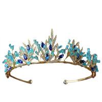 blaue geschenke für mädchen großhandel-Böhmen Krone Blau Kristall Tiara Braut Hochzeit Krone Gold Blätter Braut Haarschmuck Ethnische Stirnband Geschenke Für Mädchen