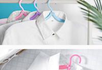 perchas antideslizantes al por mayor-10 piezas perchas de viaje plegables de plástico perchas de ropa antideslizantes portátiles al aire libre perchas de viaje de plástico estante de secado color aleatorio