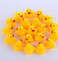Wholesale rubber duck bath - 100pcs lot Wholesale mini Rubber bath duck Pvc duck with sound Floating Duck Fast delivery Swiming Beach