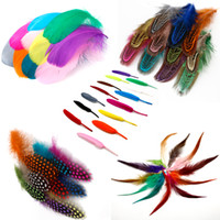 acessórios de plumas de avestruz venda por atacado-Pena de avestruz / ganso / galinha faisão pena diy decoração de casamento elegante roupas de festa acessórios penas 500 pcs cor da mistura