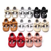полые туфли оптовых-Натуральная кожа Детские кисточки First Walkers Младенцы мокасины с мягким дном Обувь Hollow Bow Малыш обувь 8 цветов C3798