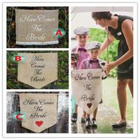 ingrosso palloncini di cuore verde-Arriva la sposa Segno di nozze Flower Girl Sign Segno di corridoio 36 * 45 cm