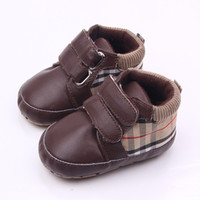 Wholesale baby walker rubber shoes resale online - Classic Children Baby Kids Boy Girl Floor Shoes Autumn Fashion PU Plaid Non Slip Soft Toddlers First Walkers
