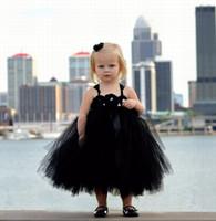 çocuklar için siyah gelinlik toptan satış-2019 siyah tül balo elbisesi çiçek kız elbise düğün için Gotik el yapımı çiçekler çay boyu spagetti sapanlar Çocuk Kız Pageant elbise