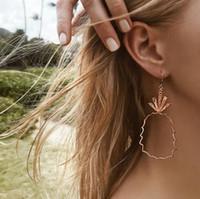 ingrosso albero di vacanza acrilico-2018 orecchini creativi personalizzati vintage semplici orecchini in lega cava orecchini in metallo frutta orecchini ciondolo
