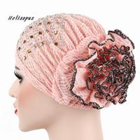 ingrosso big lace scarf-Helisopus 2018 Donne New Hot Cap di pizzo Big Flower Turban sciarpa musulmana Berretti Ladies Fashion Multi colori avvolgere la testa