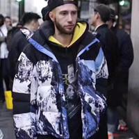 erkekler için moda kış ceketleri toptan satış-17FW THENF X KUTUSU LOGOSU Dağ Baltoro Ceket Aşağı Ceket Mont Çift Kış Giyim Moda Erkek kadın HFLSYRF031