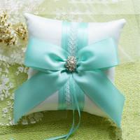 mavi ipek şerit toptan satış-Zilue 1 adet / grup Halka Yastık 16x16 cm Kilise Düğün Pembe Tiffany Mavi Kare Bej Şerit Ipek Yay Düğün dekor Bilezik Yastık