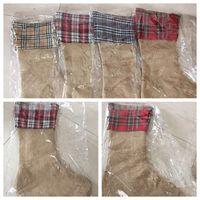 yılbaşı ağacı toptan satış-Noel Dekorasyon Çorap Izgara Çorap Hediyeler Şeker Çanta Keten Pamuk Baskılı Çizgili Noel Süsler Hediye Çantası Noel Oyuncaklar OOA5918